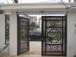 Đặt gia công mẫu cửa cổng đẹp hợp phong thủy cho nhà ở.